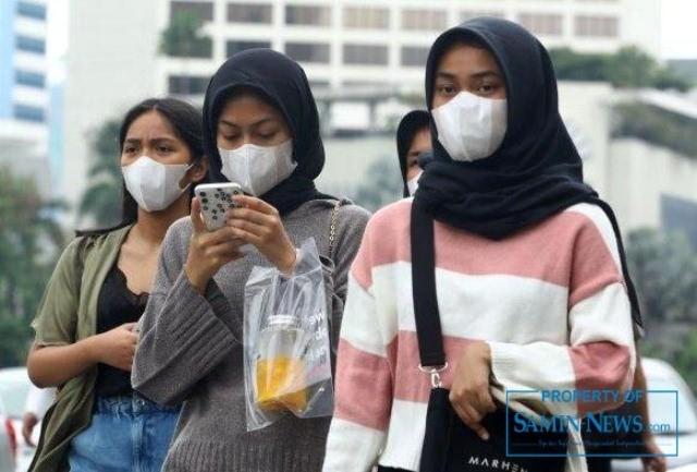 Ilustrasi : sejumlah masyarakat yang sedang beraktivitas dalam masa pandemi.