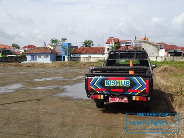 Area pangkalan truk di Desa Muktiharjo, Kecamatan Margorejo yang berlokasi di depan Stadion Joyokusumo Pati.(Foto:SN/aed)